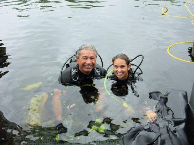 US-Dozenten auf gutem Weg zum Unterwasser-Weltrekord