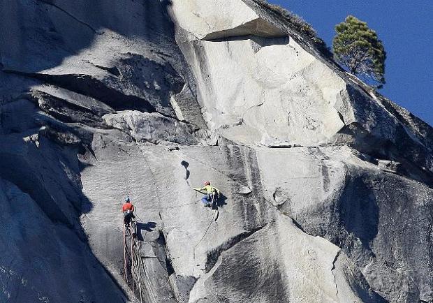 yosemite-climb-tommy-43890898