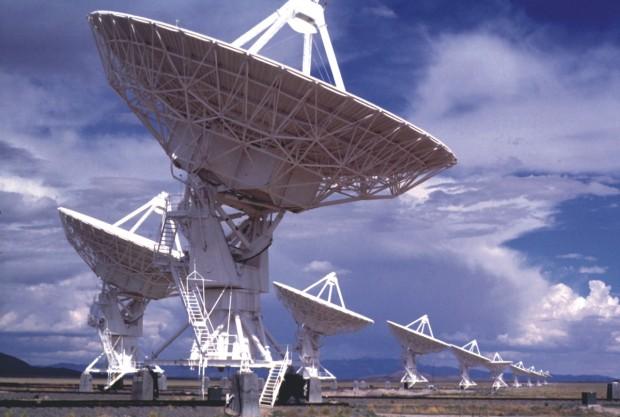SETI-radio-telescopes