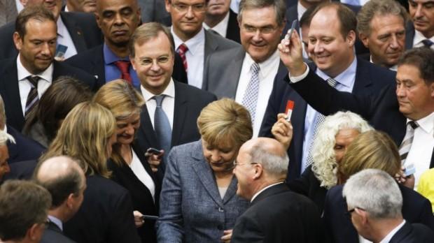 Abstimmung_Angela Merkel